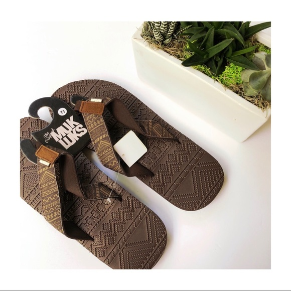 "fd9f5222d748 Muk Luks Flip Flop ""Scotty"" Sandals Brown Size 11"